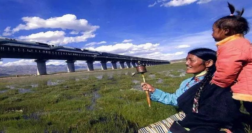 13 Days Xining and Tibet Train Tour from Beijing
