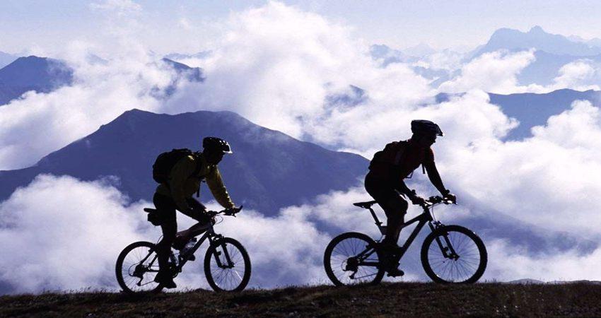 yunnan-tibet-cycling-tour-from-lijiang-to-lhasa-12