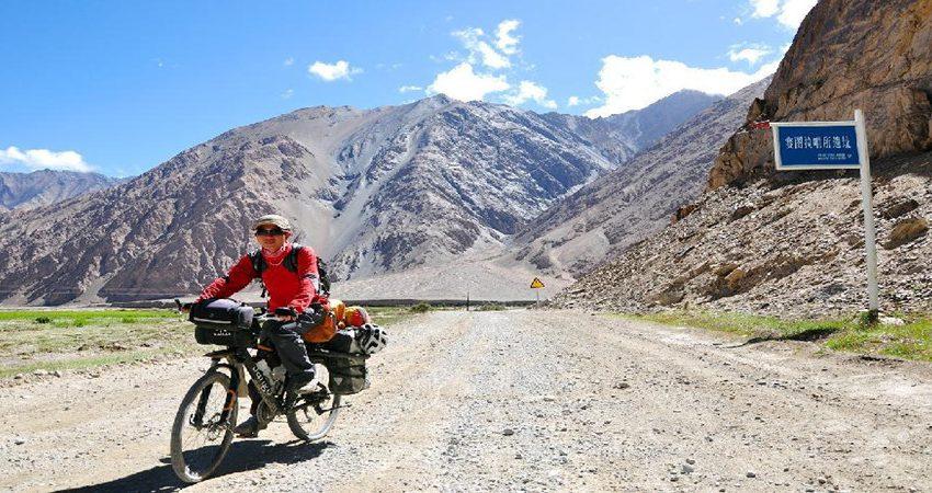 yunnan-tibet-cycling-tour-from-lijiang-to-lhasa-15