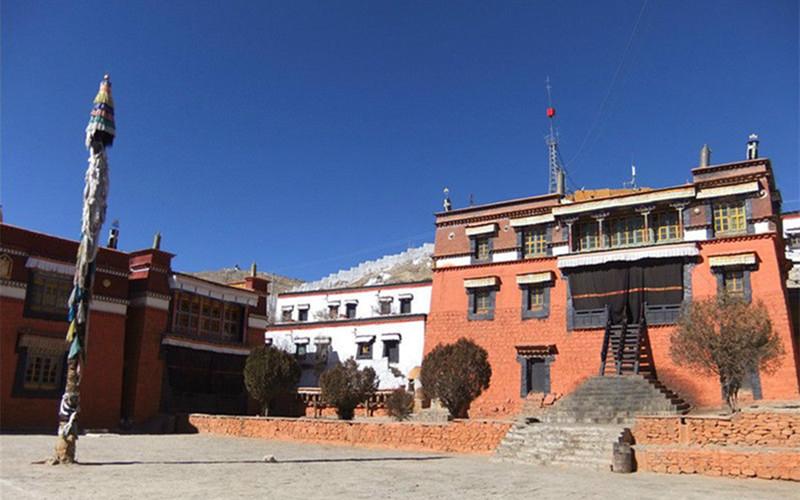 Cangzhuolin Monastery in Bainang County, Shigatse