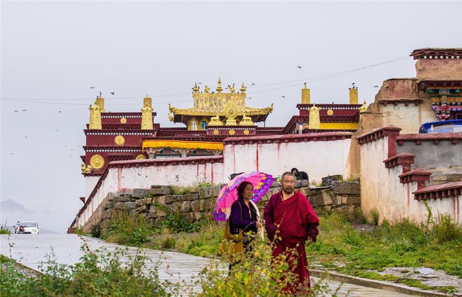 Dajinsi Monastery in Garze County, Garze