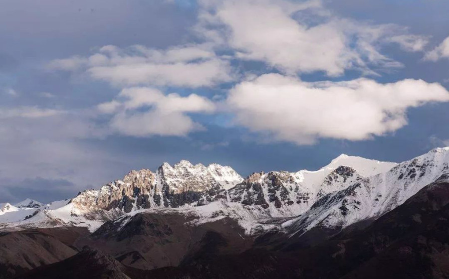 Dema Snow Mountain in Zhagyab County, Chamdo