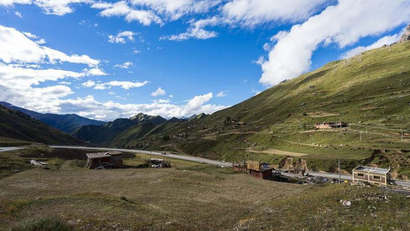 How to Get to Jomda County from Lhasa City