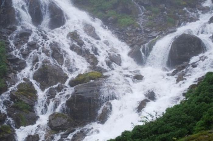Jiangxin Watefall in Medog County, Nyingchi