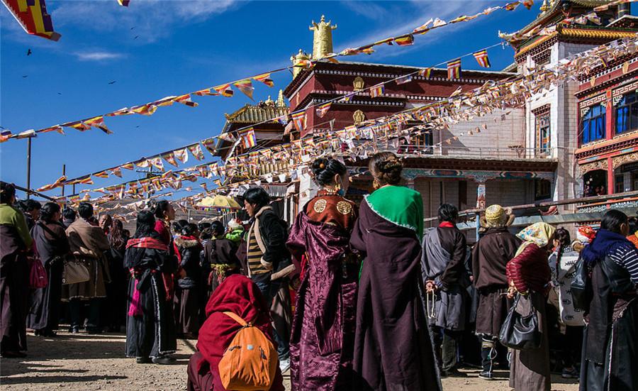Kandze Monastery in Garze County, Garze