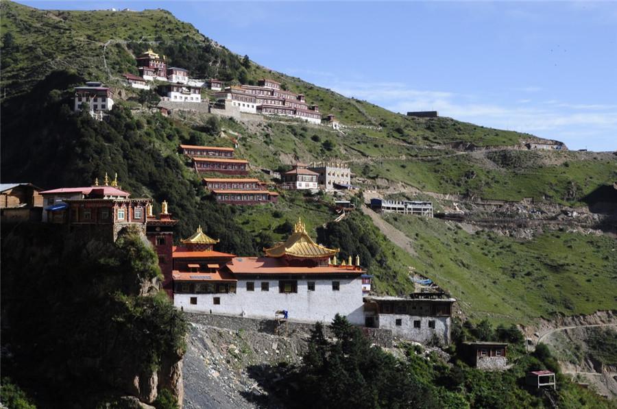 Katok Monastery in Baiyu County, Garze