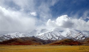 Kunlun Mountain Pass in Golmud, Qinghai