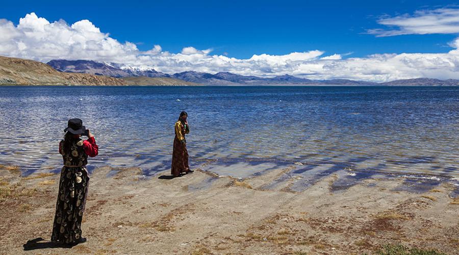 Lake Manasarovar, Ngari Tibet-17
