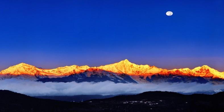 11 Days Yunnan Classic Tour with Meili Snow Mountain Pilgrimage