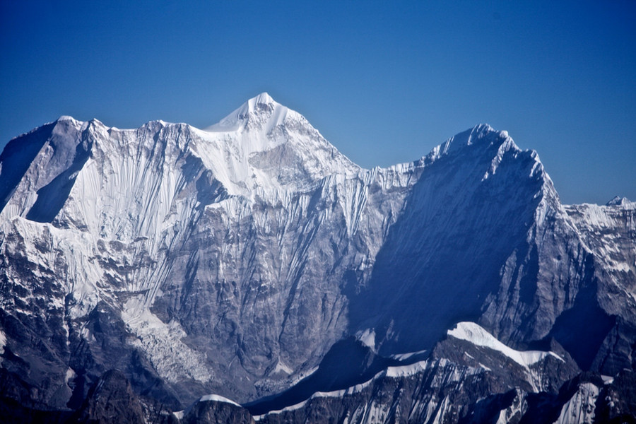 Menlongze Peak in Tingri County, Shigatse