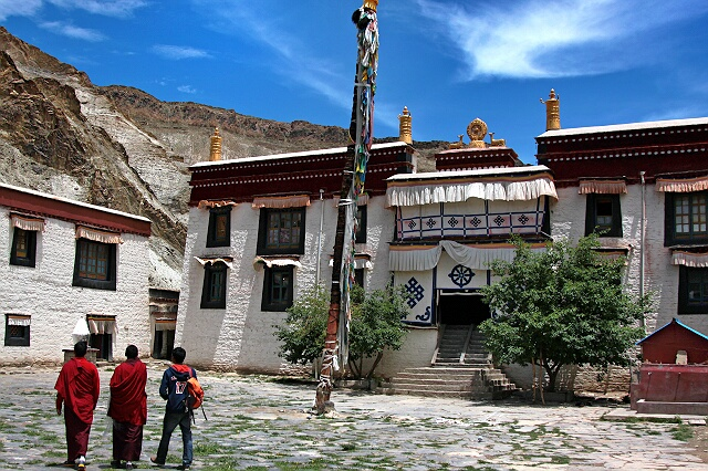 Nanni Qudesi Monastery in Kangmar County, Shigatse