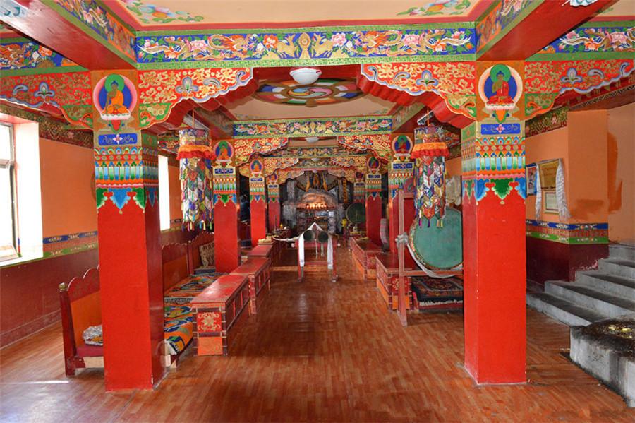 Panjielin Temple in Nyalam County, Shigatse