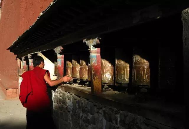 Qulong Qiangzi Monastery in Lhatse County, Shigatse