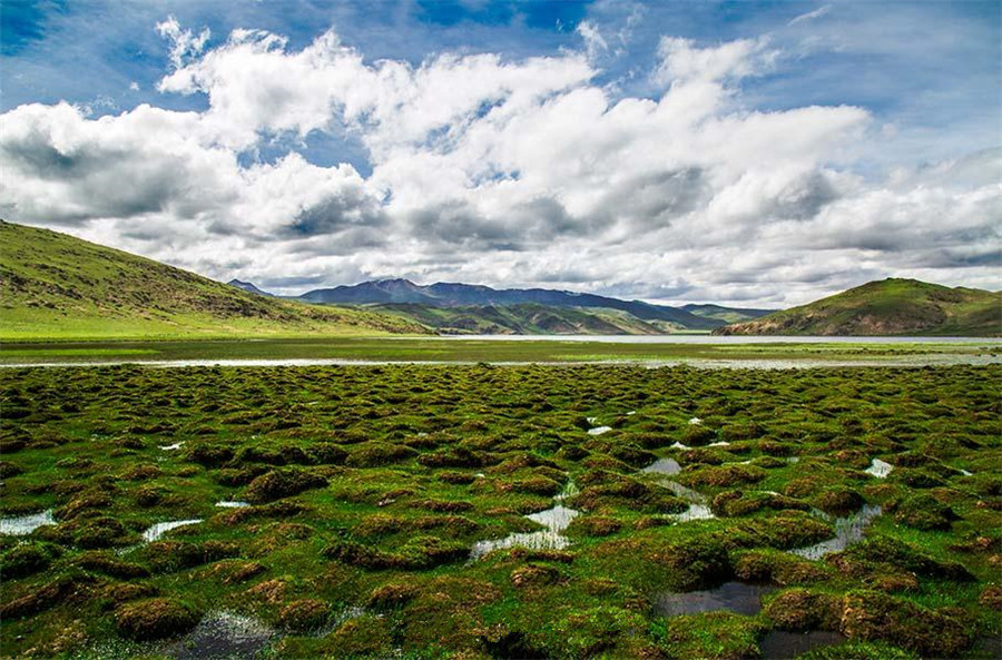 Rencuo Lake in Baxoi County, Chamdo