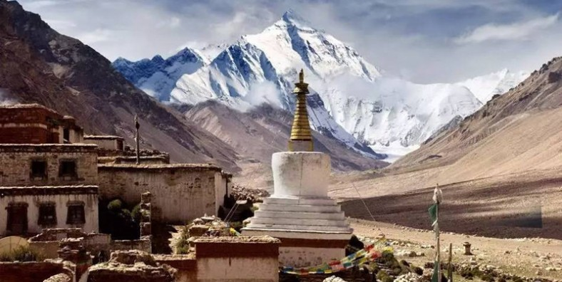 8 Days Lhasa to Kathmandu Overland Tour via Mount Everest Base Camp