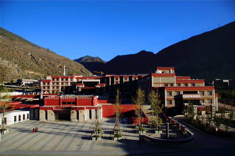 Shangri-La Town (Riwa Town) in Daocheng County, Garze