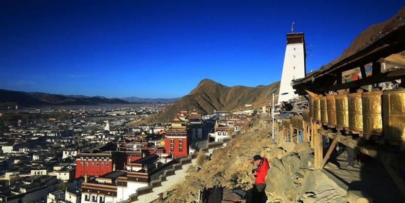 16 Days Tibet Mount Everest and Gama Valley Trekking Tour