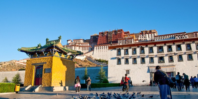 12 Days Yunnan-Tibet Tour by Flight