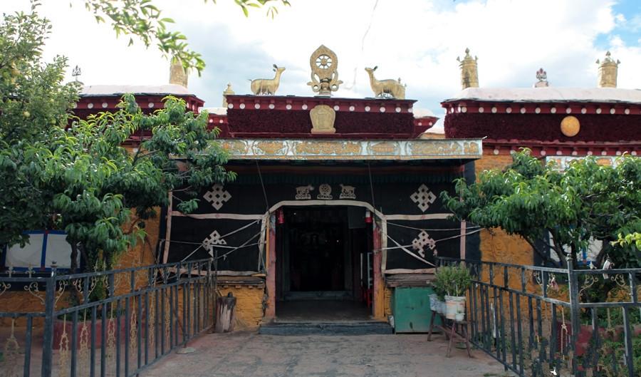Tombs of the Tibetan Kings in Qonggyai County, Lhoka (Shannan)