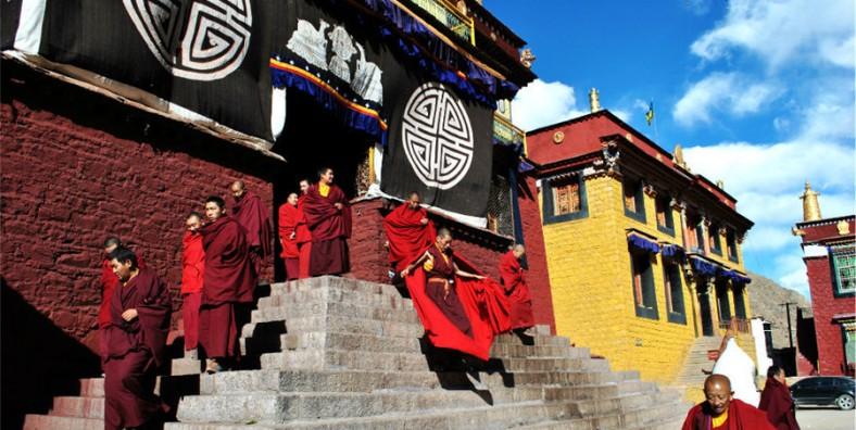 9 Days Tibet Hiking Tour from Tsurphu Monastery to Yanpachen Valley