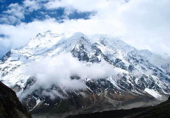 Xiemaguo Peak in Nyemo County, Lhasa