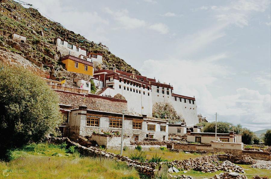 Zhare Monastery in Nagarze County, Lhoka (Shannan)