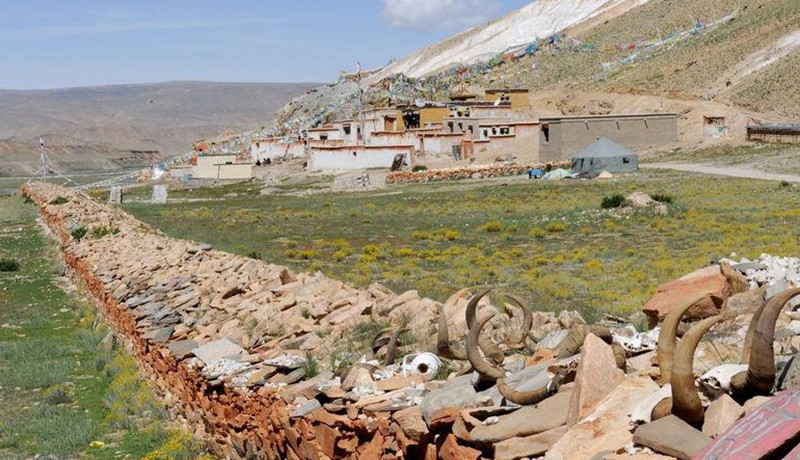 Zhida Buri Monastery in Gar County, Ngari