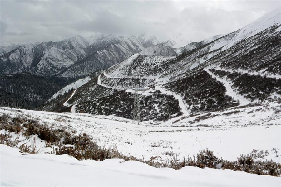 Zhujiaola Mountain in Riwoqe County, Chamdo