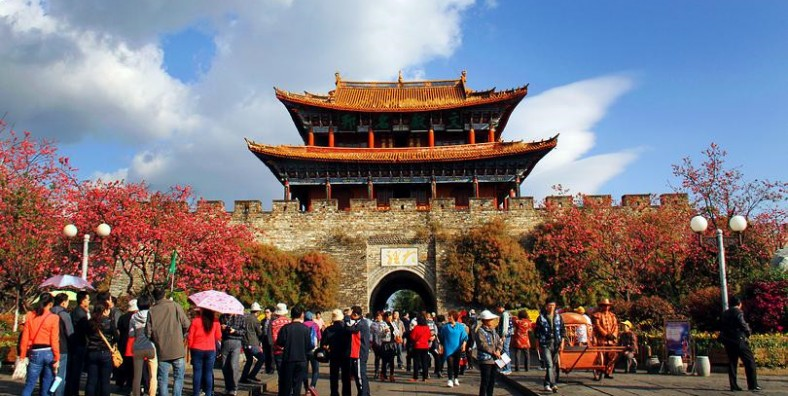 15 Days Yunnan-Tibet Small Group Tour with Mount Everest Adventure